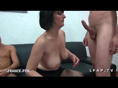 Mature big boobs handjob and fuck! amateur!