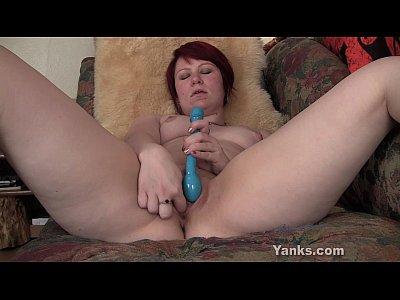 Climax Clit Cum video: Sexy Redhead MILF Simone Masturbating