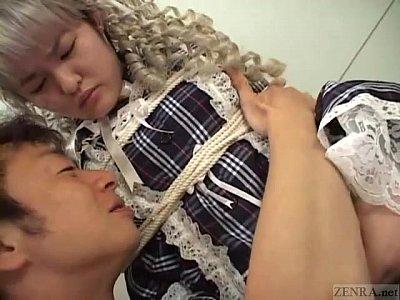 字幕日本女子高生バインドと服好き人形