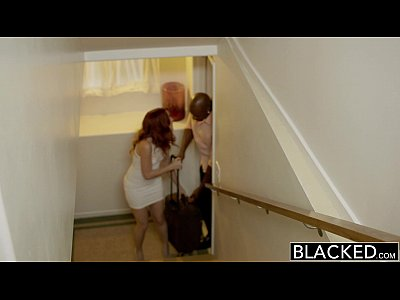أسود أحمر الرأس نموذج العمارنة ميلر عرقي Creampie