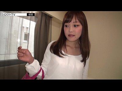 【素人アダルト動画】有名女子大に通うお嬢様をナンパで即ハメ!