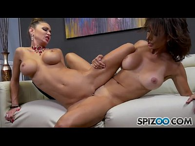 Brunette Skinny Busty video: Jessica Meets Shay Sights