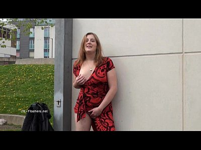 Public Outdoor Milf vid: Longhaired redhead Jannas public masturbation and outdoor milf flashing the stre