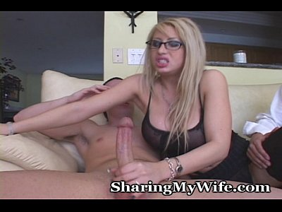 Group Blonde Blowjob video: Mommy Swings With New Man