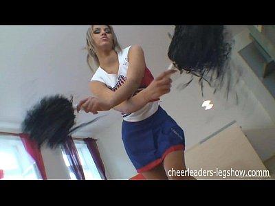 Aleska diamond cheerleader