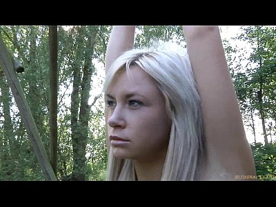 Blondes Blowjob Bondage video: Two blondes restrained for double perversion