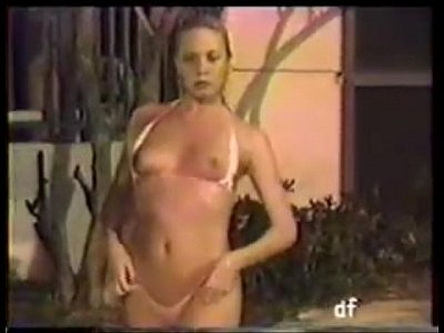 Interracial French video: wife cuckolded on beach house