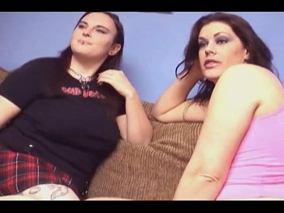 Chubby sexy lesbians