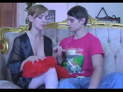 Pegging vid: It's Good to Surprise Your Man Sometimes..