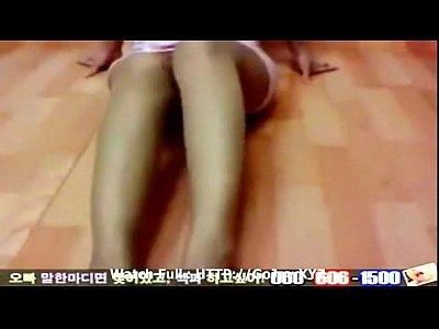 韓国女の子裸