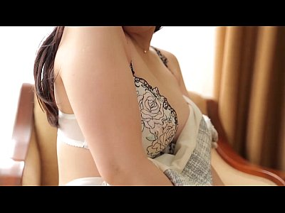 清楚の人妻のクンニ無料jukujyo動画。清楚な色白人妻がクンニでマン汁糸引きでリアルハメ撮り