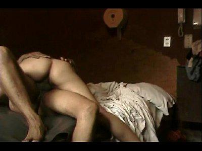 Morrita de mexico disfrutando la buena metida de verga que le esta haciendo su novio en su casa