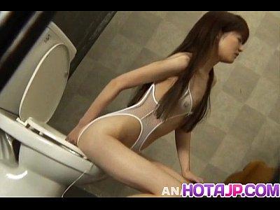 Blowjob Closet Cum video: Megumi Morita has to eat cum