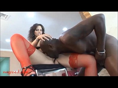 curly haired saggy tiity mom trys some negro monster black cock for first time