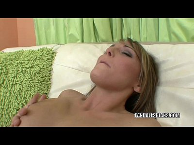 Brunette Milf Lesbian video: Horny MILF Zoey is munching pussy with lesbo Charlie