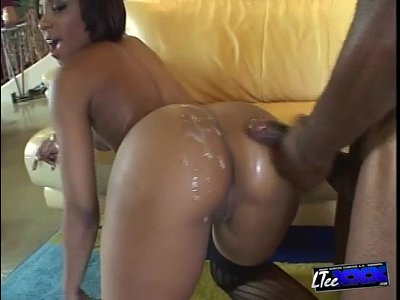 Blowjob Cumshot movie: Pretty Ass Roxy Reynolds