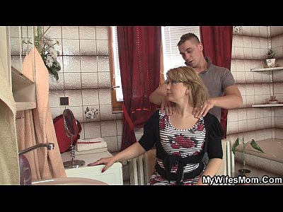 Motherinlaw Motherinlaw xxx: Girlfriends hot mom swallows big dick