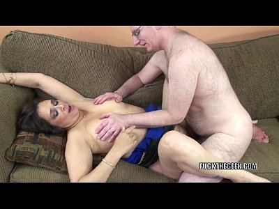 Mature slut alesia pleasure is geetting fucked by a geek