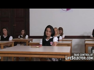Schoolgirl College video: The best class ever