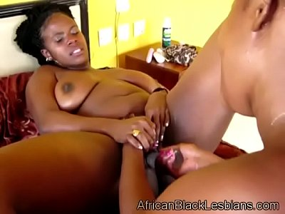 Boobs Black Ebony video: Gorgeous big stacked African lezzie gets her pussy pumped by BBWathroom-4