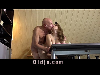 Blowjob Cokcsucking Cunnilingus video: Playful girl makes sex with her private teacher
