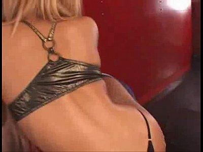 【黒ギャル動画】レゲエダンスしてたエロギャルのフェラチオがくっそやべぇぇwKYOKO