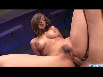 巨乳美女の無修正動画 - muryouero.comスマホ iPhone Android 無料エロ動画の無料エロ動画