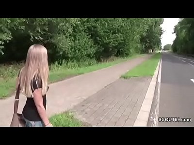 Teen Outdoor Facial vid: Petite Whore Fuck Outdoor by Stranger for Money in Germany