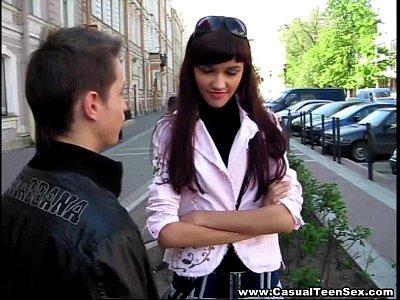 Blowjobs Cream Cumshot video: Casual Teen Sex - Cutie got creampie on a first date!