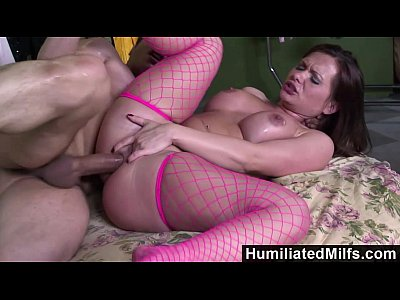 Hardcore Boobs xxx: HumiliatedMilfs - She loves to spread her pussy as she gets ass fucked