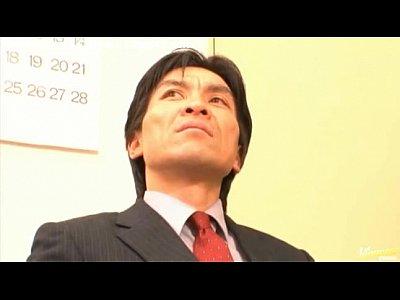 二人の上司にエッチな事されて感じてる美人OLの一ノ瀬アメリ。|無料エロ動画まとめSP-ERO.NET