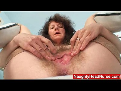 Clinic Closeups Dildo video: Aged amateur mommy extremly hairy twat self exam