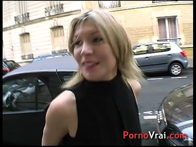 Amateur French Voyeur video: Bourgeoise impudique se fait baiser et enculer !!! French amateur