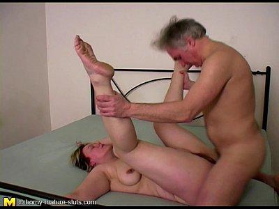 Xnxx nude wife public video