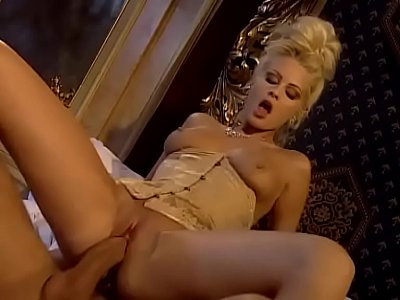 Sex Oral Pornstar video: redlighttvimoschettieridelre 01