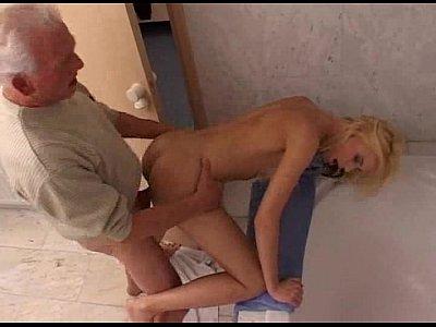 Super 3gp sex peu gyrl nic in animal hot com