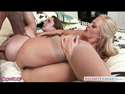 Oral Blonde Blowjob video: Tattooed babe Holly Heart in threesome