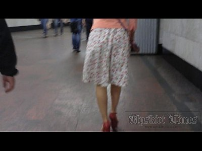 Voyeur Hidden Spycam video: forced metro ups