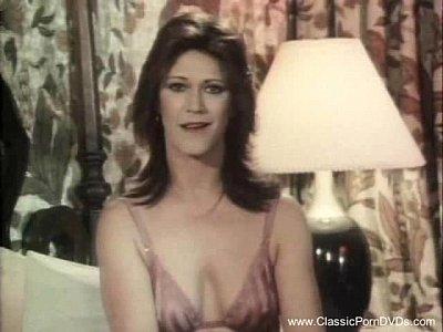 Pornstars Vintage Golden video: Enjoy Some Classic Porn Lesbians!