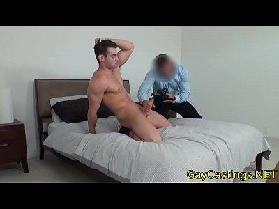 Hunk Wanks His Cock Alone