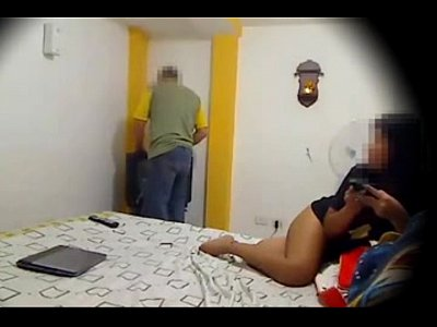 Ensenando video: xhamster.com 5025209 doggystyle while technicial guy fix my tv
