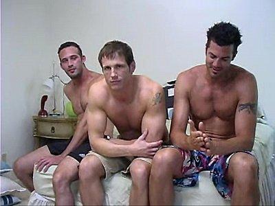 Vídeos Gratis Gay hdenglish muscled jock anal romp on desk