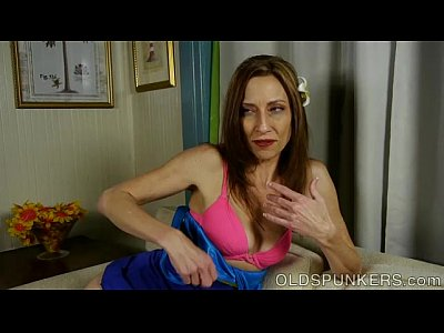Milf Skinny xxx: Lovely leggy old spunker imagines you were fucking her juicy pussy