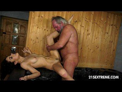 Free pleasure vjdeos HLS animail o shemale piss shit sex videi in 3gp