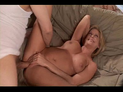 Anal Blondes Facials video: Lonely Housewife Makes Hubby Angry