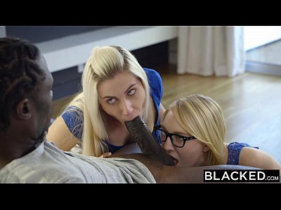 Bigcock Bigdick Blonde video: BLACKED Stepsisters Trillium and Niki Snow First Interracial