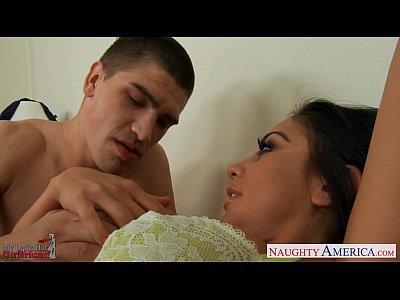 Blowjob Pornstar Brunette video: Sexy girlfriend Audrey Bitoni taking a large dick