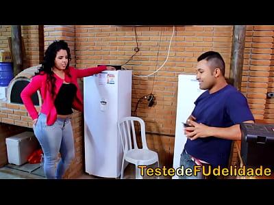 Morena Brasil xxx: Morena cavala seduzindo técnico de tv casado