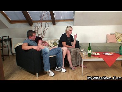 Girlfriendsmom Girlfriendsmother Momandboyfriend video: Old mother in law taboo sex