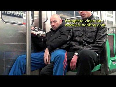 Gays Gratis Sex in metro public subway paris enormous